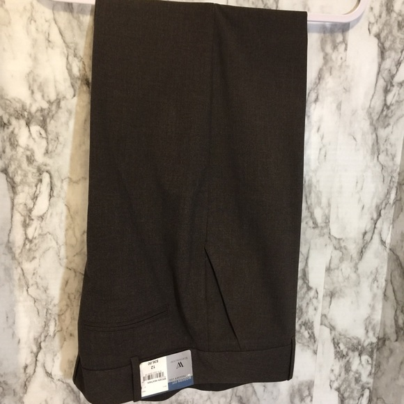 Worthington Pants - Worthington brown dress trousers. —NEW LISTING—